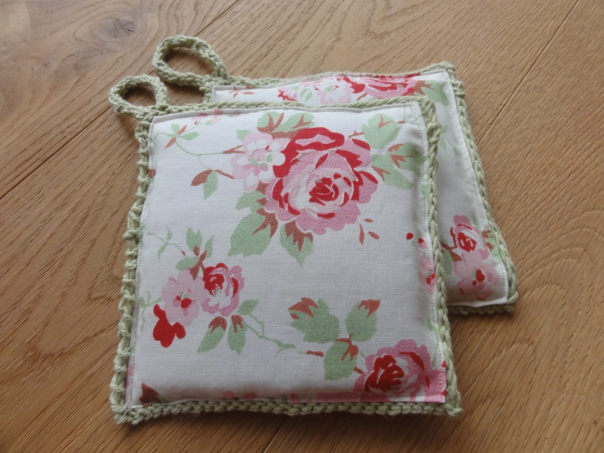 Rose Potholders 2