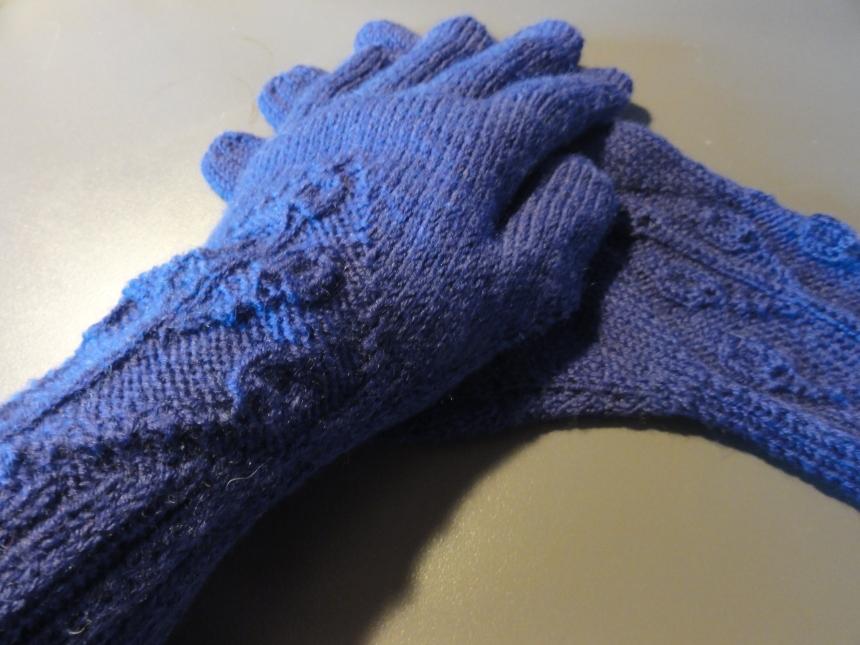 Wood Elve Gloves 2