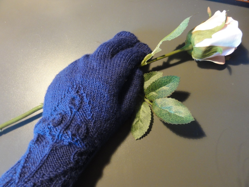 Wood Elve Gloves 3