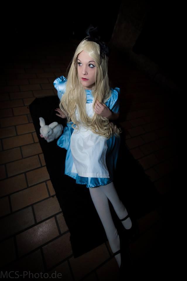 Alice_Cosplay