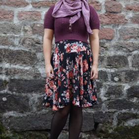 """Pour quelques jours"" Skirt, Made So Quickly jumper, Tatra Utca shawl"